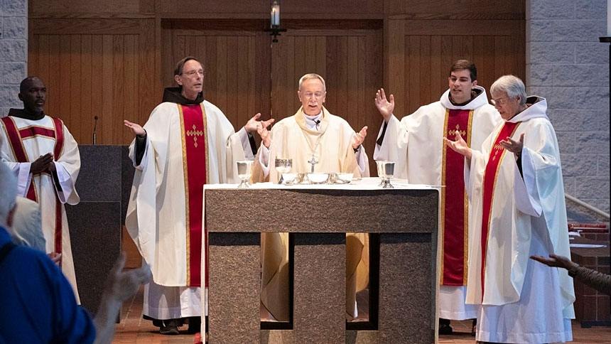 Sharing the Habit: Newly ordained priest celebrates Mass, sacraments and … social media