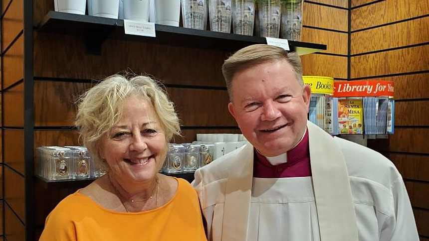 Cathedral gift shop opens