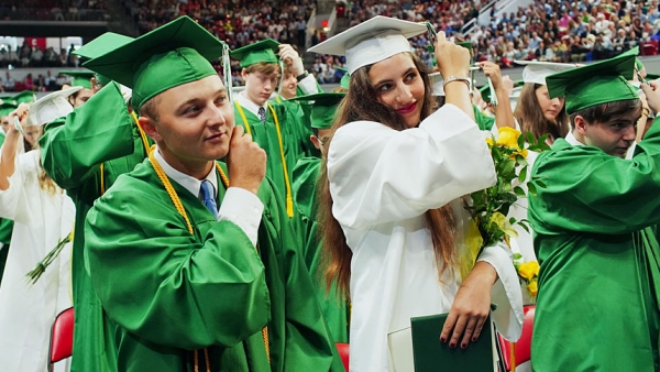 More than 400 graduate from high schools with ties to diocese