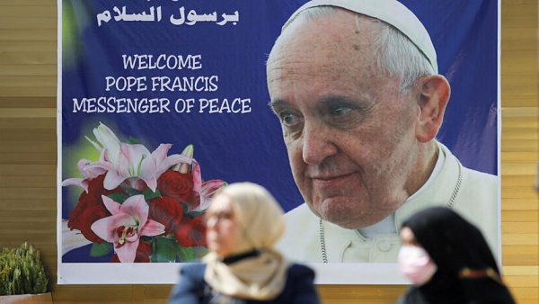 Pope says he cannot disappoint Iraqis, asks prayers for trip